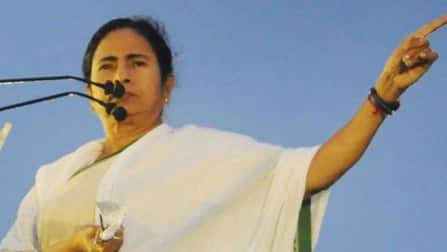 Mamata Banerjee defying constitution: opposition