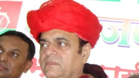 Since when did Abu Azmi start issuing Muslim identity cards