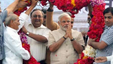 Narendra Modi storms to power; gets absolute majority for BJP