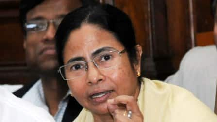 Mamata Banerjee slams Centre for deregulation of diesel price