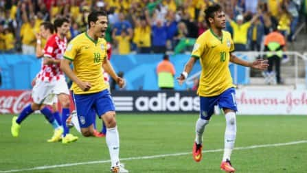 Neymar helps Brazil beat Croatia 3-1 in World Cup opener