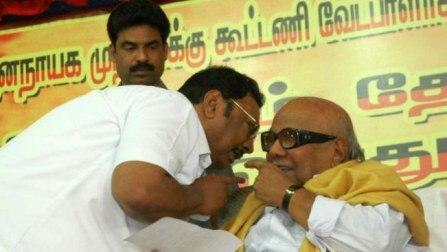 Karunanidhi expels son Alagiri from DMK