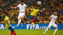 France held by 10-man Ecuador but top World Cup group