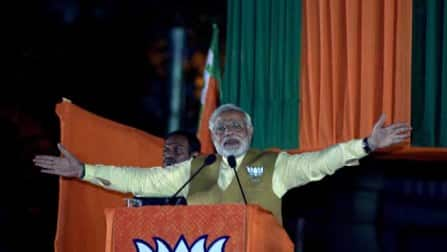 Narendra Modi attacks Sonia Gandhi over