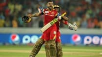 Royal Challengers Bangalore beat Sunrisers Hyderabad by 6 wickets, IPL 2015: Picture Highlights of SRH vs RCB