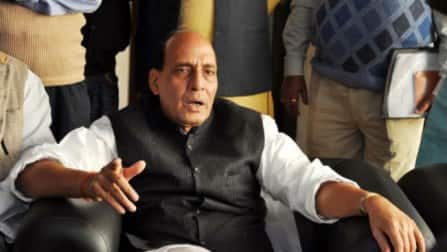 Hypocrisy at its Peak: Rajnath Singh meets Muslim clerics