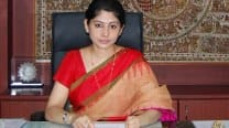 IAS officer demands apology from Outlook magazine for sexist article