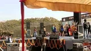 Delhi University student injured after light installation crashes on stage during Deshbandhu college festival (Video)